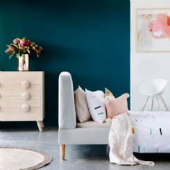 upholstered bed queen - oslo